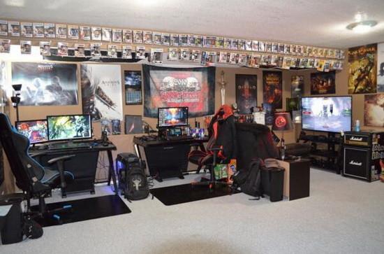 土豪玩家自制的暴雪游戏主题房间