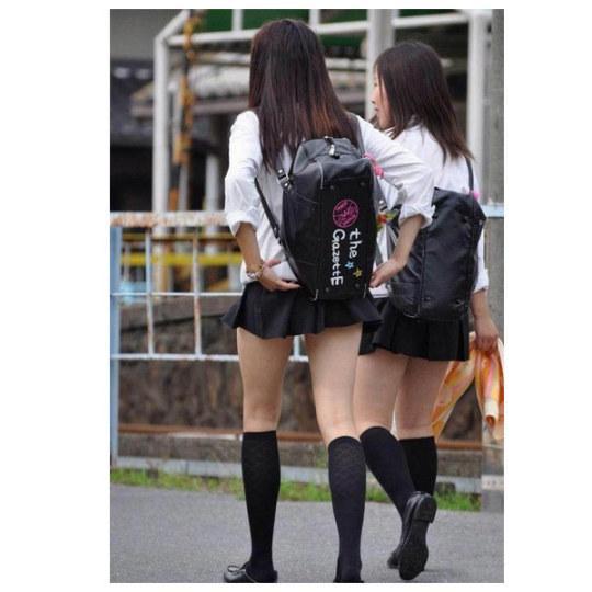 """""""齐X小短裙""""啊!岛国女高短裙再破纪录"""