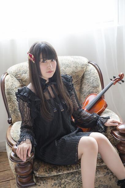 村川梨衣首张专辑《RiEMUSiC》预定2017年1月中旬发售