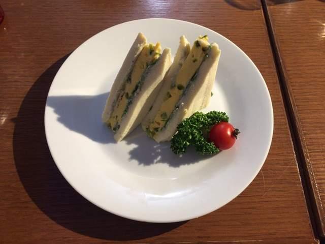 难吃到按赞《东京喰种》咖啡厅「超难吃三明治」符合食品安全法规的呕吐物... - 图片3