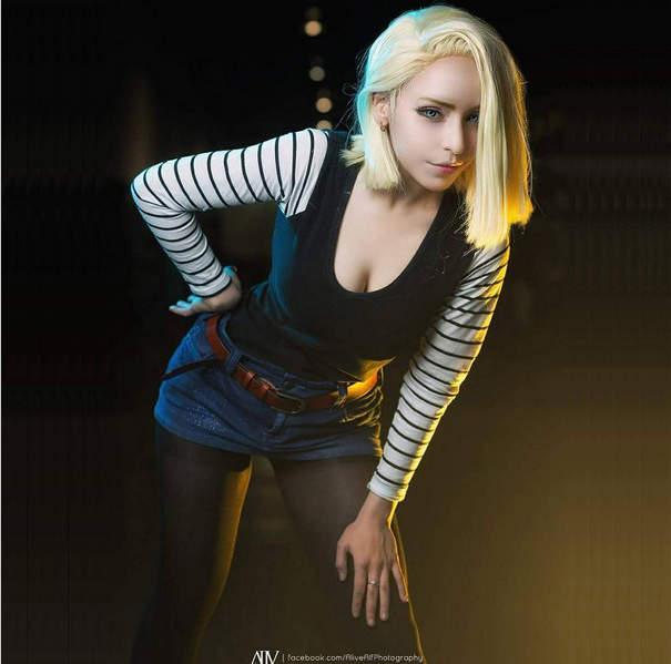 《人造人18号》美国RoxyChan扮演超像超性感 - 图片1