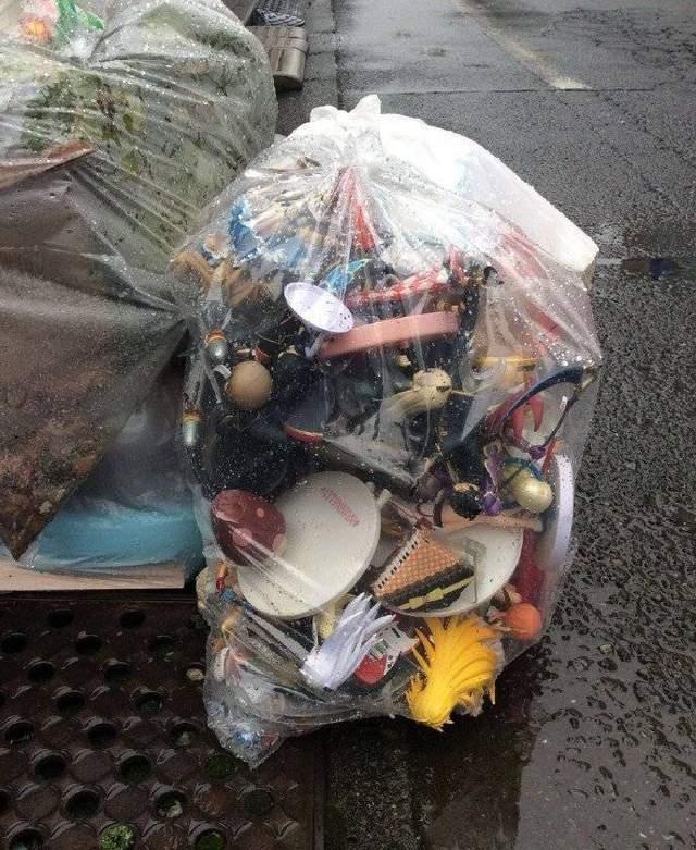 韩国网友发起《这袋垃圾倒底有多少动漫角色》竞赛 你能看出多少? - 图片1