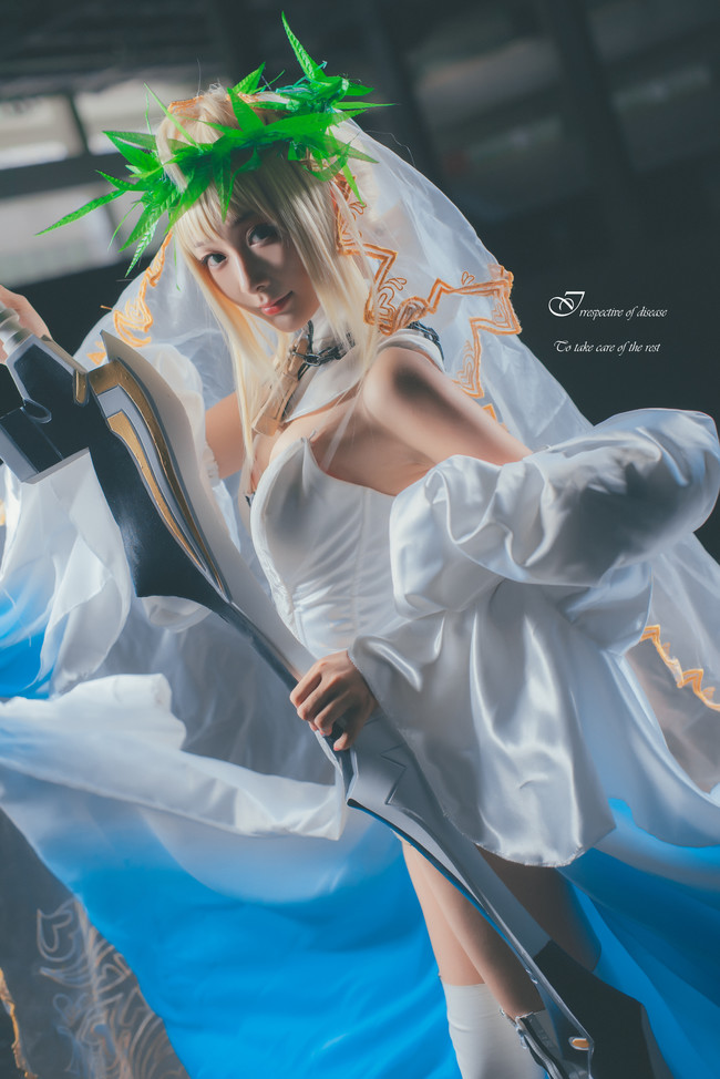 智障的鱼子酱,尼禄花嫁,cosplay